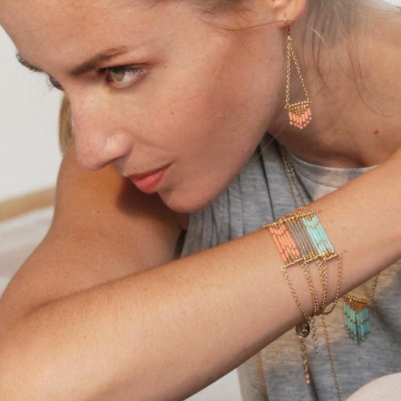 boucles-d-oreilles-rose-corail-collection-sioux-bijoux